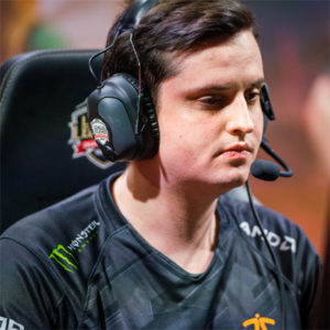 Soaz Profile| Contact Details (Phone number, Twitch, Instagram, Twitter)
