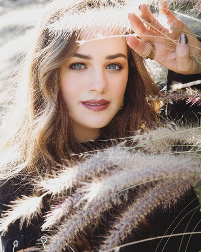 Mary Mouser Profile| Contact Details (Phone number, Email, Instagram, Twitter)